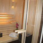 Un moment de détente dans notre saune, hammam et douche à expérience